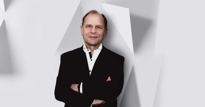 Thomas Reiner Chief Executive Officer